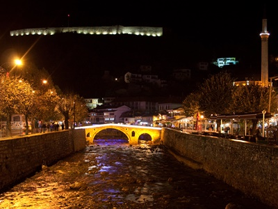 center-of-prizren-night