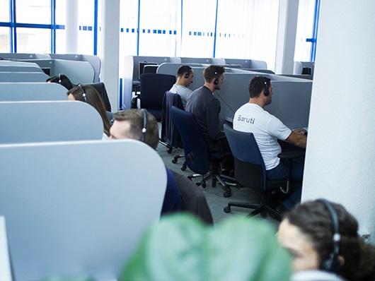 Call Center Baruti employees