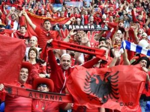 albanian football fans during euro 2016 © AFP