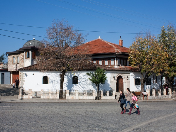building in the old town of gjakova
